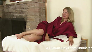 MILF Lexa Mayfair is interviewed