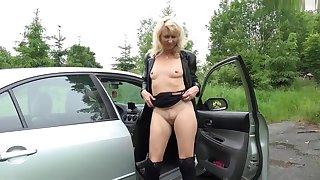 Gewagter Parkplatzfick mit Anhalterin