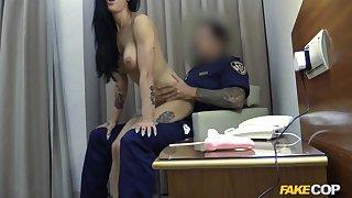 Hotel whore fucks hung security guard - FakeCop