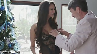 Leggy XXX babe Eliza Ibarra takes dick deep into her wet pussy for doggy