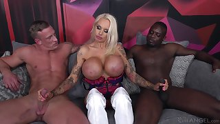 silicone blonde Sofia Lee is the last straw a handful of lickerish friends in a threesome