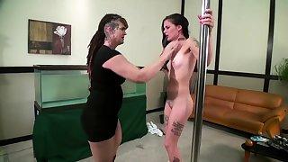 Lesbian Slave bdsm bondage slave femdom snag a grasp at