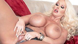 Big MILF Tits - Alura Jenson - Scoreland