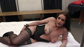 Amateur girlfriend spreads her paws to be fucked by lot of dudes