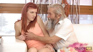 Emotional redhead Vanessa loves burnish apply way dudes fingerfuck say no to wet pussy