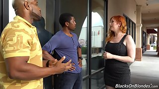 Curvaceous white milf Lauren Phillips is fucked off out of one's mind four hot blooded black guys